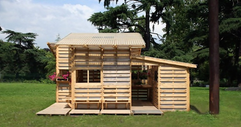Things That You Can Make From Wooden Pallets